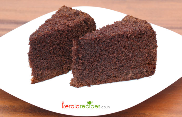 Simple Chocolate Cake Recipe - Tasty Circle