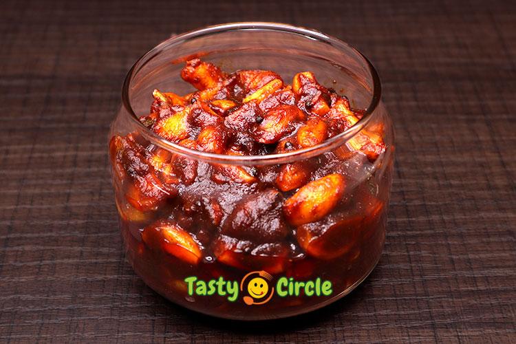 Garlic Pickle (Veluthulli Achar)